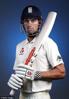 England pose for their official team photo ahead of Ashes tour Cricket Poster, Test Cricket, Adam Gilchrist, Cricket Whites, Ashes Cricket, Alastair Cook, England Cricket Team, Australia Capital, Stuart Broad