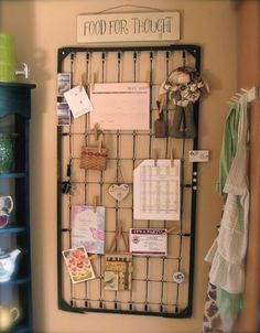 Crib Spring DIY, using this for inspiration to turn a wire grate into a wall she… - Modern Repurposed Items, Repurposed Furniture, Diy Furniture, Bedroom Furniture, Antique Furniture, Wicker Furniture, Furniture Projects, Crib Spring, Diy Memo Board