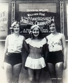 Betty Grable (in the middle) with friends <3 1930.