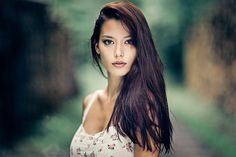 50 Natural Light Portraits That'll Have You Ditching Your Flash