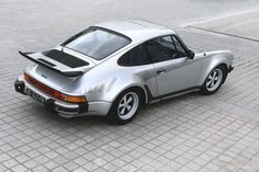 Porsche 930 Turbo Note the graphic on the hip