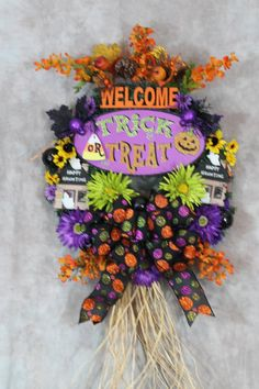 Check out Halloween Wreath - Trick or Treat Wreath - Halloween Welcome Wreath - Spooky Wreath - Happy Haunting wreath - Orange Lime Green Yellow Decor on southerncharmflorals