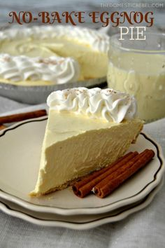 This No-Bake Eggnog Cream Pie is so perfect for the holidays! Creamy, smooth vanilla & nutmeg-flavored cream pie with a buttery graham cracker crust. Easy, impressive and a one of a kind dessert! ~ The Domestic Rebel Holiday Pies, Holiday Baking, Christmas Desserts, Christmas Baking, Christmas Pies, Holiday Foods, Birthday Desserts, Köstliche Desserts, Delicious Desserts