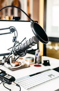 Home Studio Setup, Music Studio Room, Recording Studio Home, Podcast Setup, Podcast Tips, Cats Best, Starting A Podcast, Studio Equipment, Audio Room