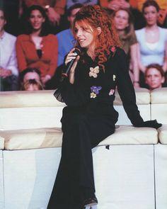 Mylène Farmer Innamoramento Era 1999 ❤ #mylenefarmer #90s #music #love #sexy #fit #makeup #fashion #lgbtq #model #cute #foxy #l4l #like4like #likeforlike #france #russia #poland #diva