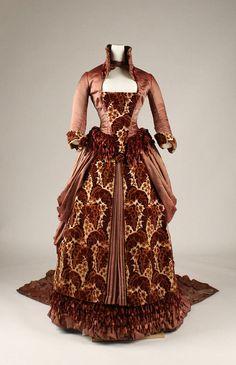 1879 dress