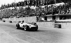 Grand Prix of Belgium, Spa-Francorchamps on June 5, 1955. Winner Juan Manuel Fangio (start number 10) in the Mercedes-Benz W 196 R Monoposto.
