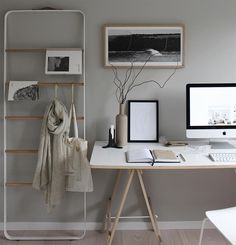 "3,928 mentions J'aime, 47 commentaires - Michelle Halford (@thedesignchaser) sur Instagram : ""Wintry vibes #Home #Office"""