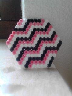 roze wit zwart zigzag onderzetter strijkkralen rose zig zag