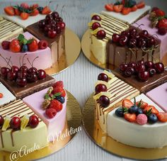 Свежайшие наборы ассорти! Делала на пробу для невест и осталось два свободных набора!) В наборе: морковный торт; шоколадный с карамелью и арахисам; цитрусовый торт, малиновый торт. ⛔️⛔️⛔️ наборы закончились! ⛔️⛔️⛔️ #mоumopmы #торт #детскийторт #тортик