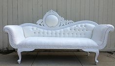 Hollywood Regency Purple White Chaise Lounge Sofa Loveseat