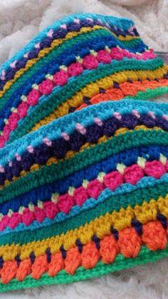 #watdoetvanessanu zelfgemaakt dekentje haken crochet kleurtjes watdoetvanessanu