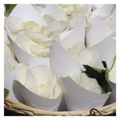cesto con conetti di riso per chiesa - fotografie di matrimonio www.maisonstudio.it ©