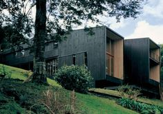 House on Lake Rupanco by Beals + Lyon Architects