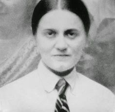 Teresa Benedicta of the Cross (Edith Stein) Saint Joan Of Arc, St Joan, Catholic Saints, Patron Saints, St Edith Stein, Feminist Issues, St Therese, Santa Teresa, Life And Death