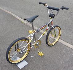 Criteria for Selecting the Right Mountain Bike Vintage Bmx Bikes, Retro Bicycle, Bmx Bicycle, Fox Racing Logo, Bmx Racing, Mongoose Bmx Bike, Bmx Bandits, Gt Bmx, Bmx Cruiser