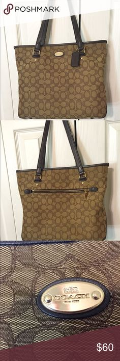 "Coach shoulder bag Coach shoulder bag. This is an authentic bag. Has zipper pocket inside and outside plus 2 other pockets inside. No stains. Shoulder drop is 10.5 "" width of bag is 14"" depth of bag is 11"" Coach Bags Shoulder Bags"