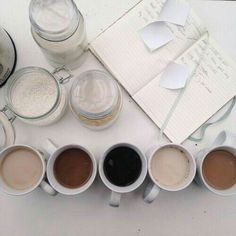 now brewing: Photo Coffee Time, Tea Time, Cozy Coffee, Coffee Mornings, Starbucks Coffee, Coffee Lovers, Coffee Cups, Ana Rosa, Recipes