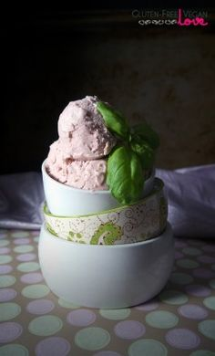 Balsamic & Basil Strawberry Ice Cream and more allergy-free treats - Yum! Who knew these when together?
