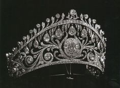another huge diamond tiara by Cartier, 1902, probably commissioned by the Grand Duchess Vladimir for her only daughter, Elena. A real 'Family Fender' as the late Debo, Dowager Duchess of Devonshire would say
