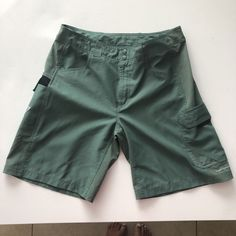 558007eba9 COLUMBIA Mens Size 34 100% Cotton Omni-Shield Classic Green Cargo Shorts  PFG #fashion #clothing #shoes #accessories #mensclothing #shorts (ebay link)