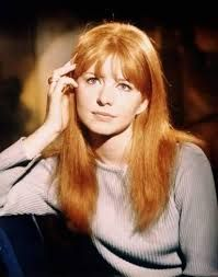 Cosme-Haul discussion and photos of The Beatles Wives and Girlfriends: Cynthia Powell Lennon, Jane Asher,Pattie Boyd,and Maureen Cox Starkey. Jane Asher, Divas, Beautiful Red Hair, Gorgeous Redhead, Glamour Photo, Vogue, Portraits, Wife And Girlfriend, Celebs