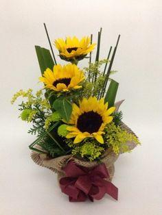 10-40alegria Creative Flower Arrangements, Large Flower Arrangements, Ikebana Arrangements, Wedding Arrangements, Deco Floral, Arte Floral, Floral Design, Flower Show, Unique Flowers
