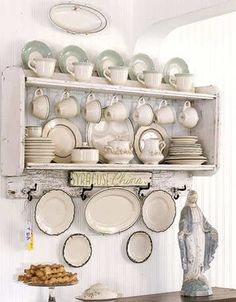 Home Decor - collects Syracuse china, where her dad once worked.