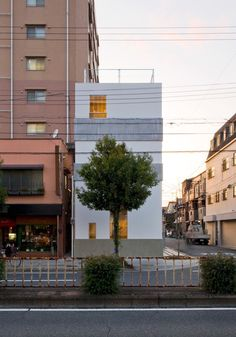 Extraordinary Contemporary Home Design in Japan: Small And Narrow Shape House Design K House Beside The Tall Building Applied Concrete And W. Minimalist Home, Minimalist Design, Japanese Architecture, Architecture Design, Japanese House, Glass Door, Furniture Design, Multi Story Building, Exterior