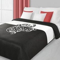 Čierny obojstranný prehoz na posteľ s ornamentom