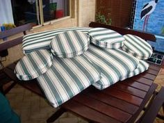 Green and white stripe outdoor seat cushions, very good condition. 4 Rectangular 1.0M long, 380mm wide. 4 Round bar stool cushions 330mm Dia. Bargain price $50 the lot. Mobile 0408231016.    Price: $50.00