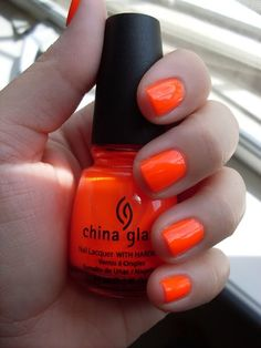 China Glaze in Orange Knockout- thiss is whyy orange is myy fav colorr:)