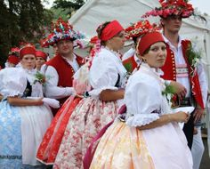 Folklor Brněnska - Fotoalbum - kroj ze Šlapanic - kroj ze Šlapanic - foto Czech Republic, Victorian, Dresses, Fashion, Photograph Album, Vestidos, Moda, La Mode, Fasion