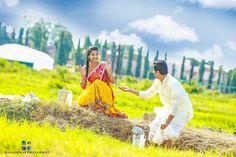 Indian Wedding Couple Photography, Wedding Couple Poses, Couple Posing, Couple Shoot, Wedding Couples, Cute Couples, Pre Wedding Shoot Ideas, Pre Wedding Photoshoot, Photoshoot Style