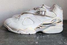 c3349cd166cd Air Jordan 8 Low - Derek Anderson Blazers PE - SneakerNews.com