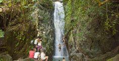 Водопады острова Пхукет  Авиабилеты Москва - Бангкок от 24000 руб.  С давних времён водопады были и остаются одним из притягательных зрелищ на земле. Эти не повторимые природные явления есть и на острове Пхукет. Побывать на Пхукет и не посетить его природные достопримечательности коими являются три основный водопада этого острова будет ошибкой. Ведь это не только восхитительное зрелище но еще и незабываемое путешествие. Воспоминание о котором будет согревать долгими зимними вечера а так же…