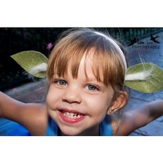 Fun little Yoda headband. Great for parties for dressing up. Kids
