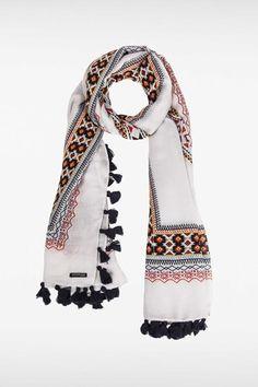 16 meilleures images du tableau Écharpe   Scarves, Long scarf et ... c100edebda0