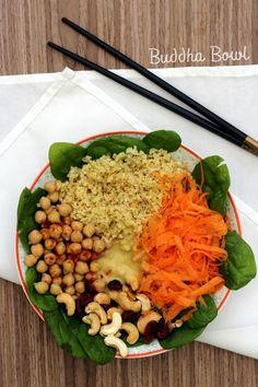 Buddha Bowl: Boulgour, carotte, épinards et pois chiches (  idées recettes)