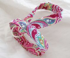 Small dog harness, velcro close Paisley Punch1 I want to make a harness for my dog....