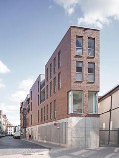 www.hauschild-architekten.de fileadmin user_upload Bilder Trommsdorfstrasse 2_Front2.jpg