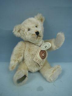 """7"""" Teddy B. Bear by Boyds Bears 2001 One Day Event Bear"""