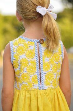 Girls Frock Design, Baby Dress Design, Baby Girl Dress Patterns, Children's Dress Patterns, Sewing Patterns, Coat Patterns, Frocks For Girls, Little Girl Dresses, Girls Dresses Sewing