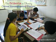 It is very hard for us to get organized with our multi-aged homeschooling without the help of a great online homeschooling planner. How do we choose one?