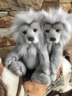 Charlie Bears – Page 2 – Lovely Bears Boyds Bears, Teddy Bears, Charlie Bears, Folklore, Lion, Plush, Creatures, Clock, Stuffed Animals