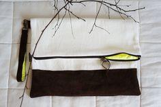folded... handbag pouch, nature friendly - recycled material Recycled Materials, Recycling, Pouch, Nature, Naturaleza, Sachets, Porch, Upcycle, Nature Illustration