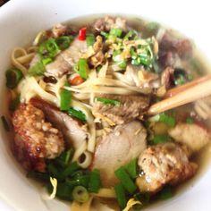 Hu tieu mi - Vietnamese pork egg noodle soup (broth made by slow cooker)