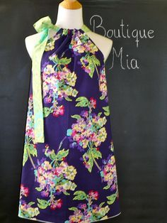 Can't wait for summer dresses...     Pillow case dress with Amy Butler fabric (the cutest fabric ever)