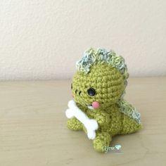 Free Crochet Pattern Dyno the Mini Dinosaur Por Peng Lim em Ravelry.