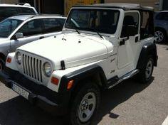 Alquilar un coche de lujo en Ibiza  JEEP WRANGLER